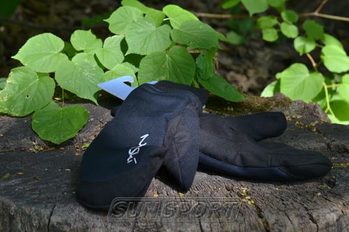 Варежки NordSki JR Arctic WS детские черный (фото, вид 3)